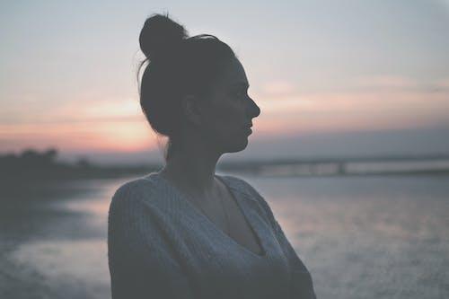 Gratis stockfoto met aimer, au bord de la plage, balade, beau coucher de soleil
