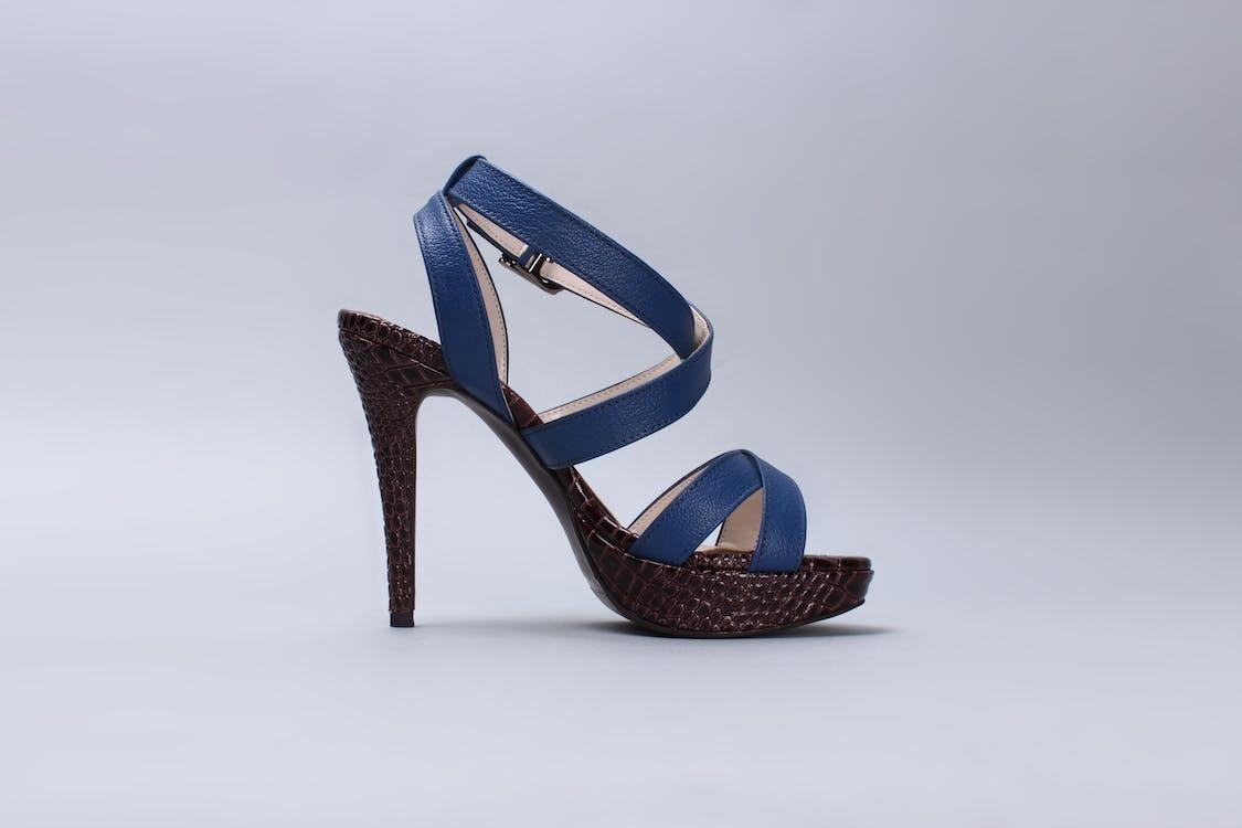 fodtøj, høje hæle, kvindesko