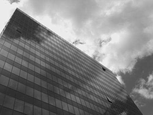 Darmowe zdjęcie z galerii z architektura, budynek, budynek od zewnątrz, chmury