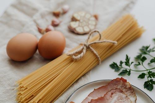 Fotos de stock gratuitas de ajo, beicon, comida, crudo