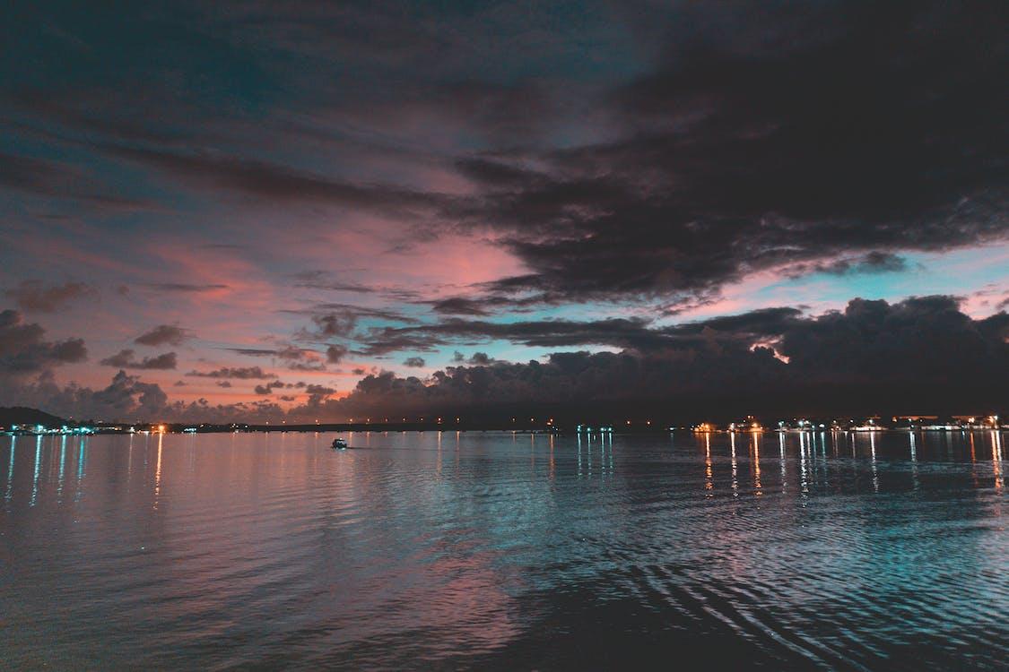 acqua, alba, cielo