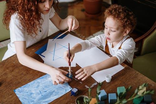 Ingyenes stockfotó alkotás, anya és fia, anya és gyermek, aranyos témában