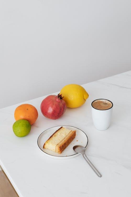 aranjman, beslenme, Beyaz arka plan, bisküvi içeren Ücretsiz stok fotoğraf
