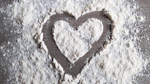 Free stock photo of blanc, en forme de coeur, farine