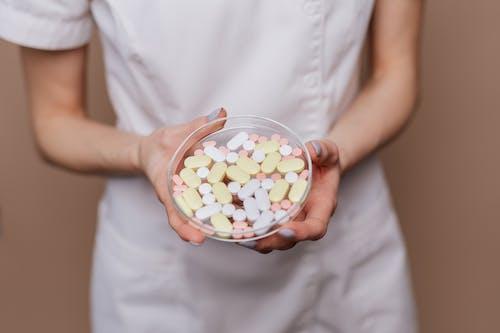 Foto profissional grátis de antibiótico, assistência médica, atenção, cautela