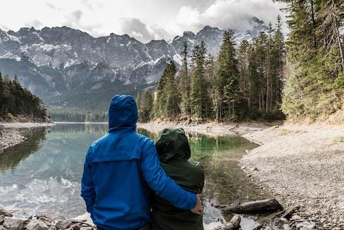Безкоштовне стокове фото на тему «Баварія, вершина гори, вид ззаду, відображення»