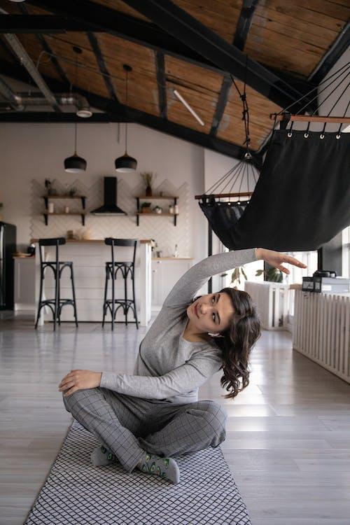 アパート, インドア, うれしいの無料の写真素材