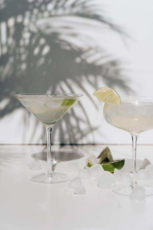 Бесплатное стоковое фото с алкогольный напиток, бокал для коктейля, вкусный