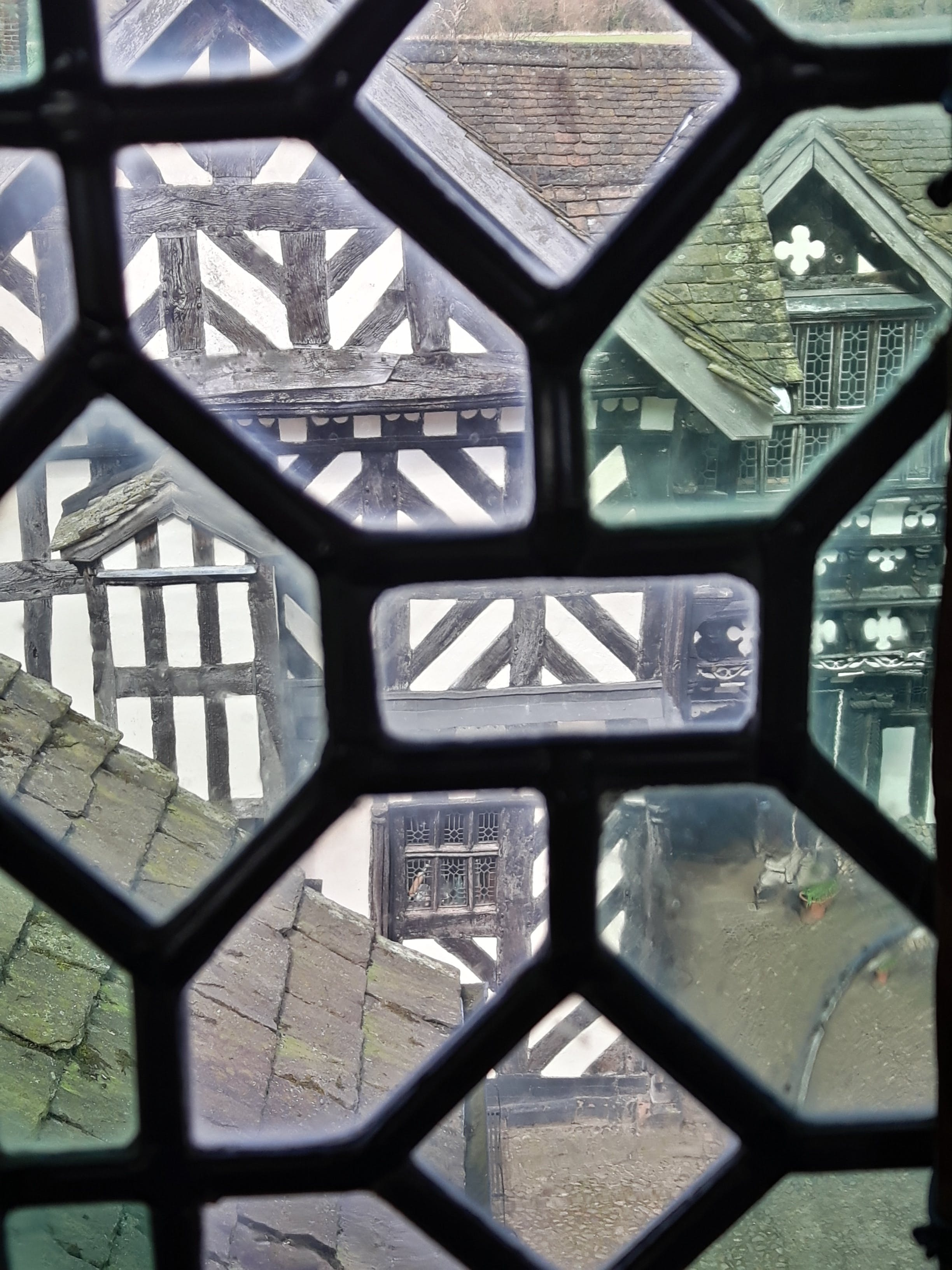 Free stock photo of lead, lead windows, manor house, timber