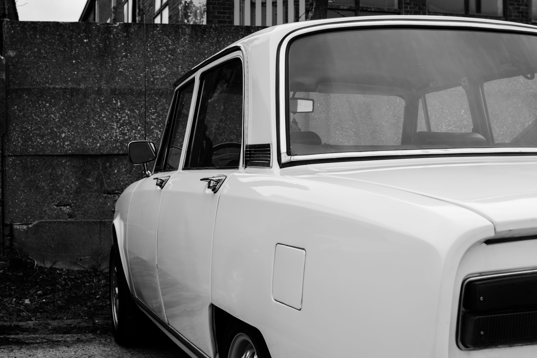 Free stock photo of alfa romeo, black and white, bw, car