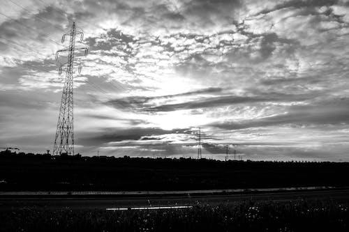Безкоштовне стокове фото на тему «вежа, високий, влада, дріт»