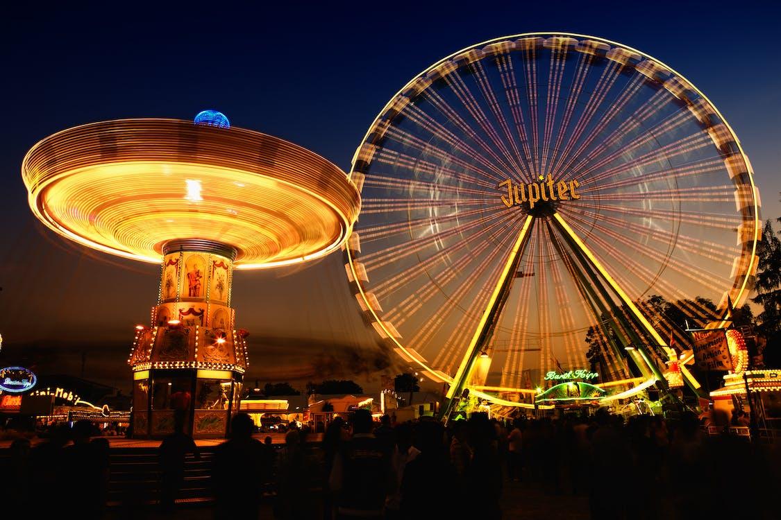 Festival, forlystelser, forlystelsespark
