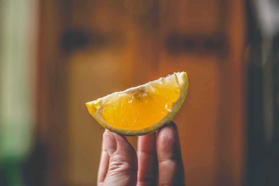 limón para aclarar las manchas de la piel