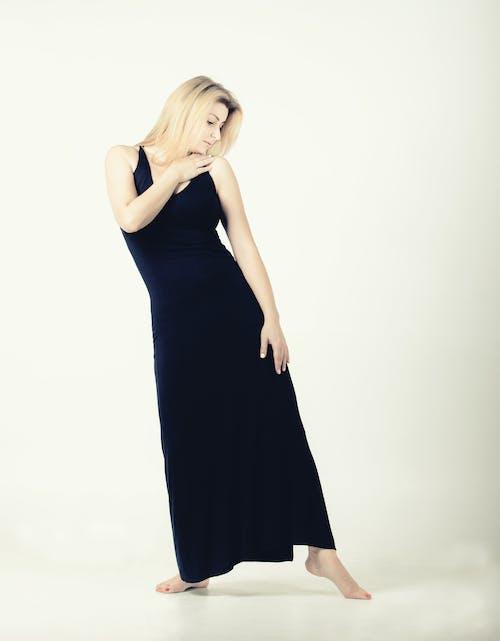 Kostenloses Stock Foto zu fashion, fotoshooting, frau, glamour