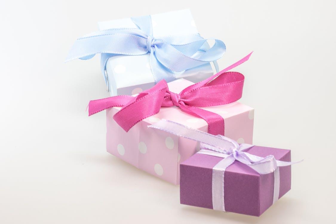 anniversaire, arcs, cadeaux