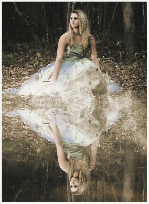 Základová fotografie zdarma na téma hezký, holka, les, model