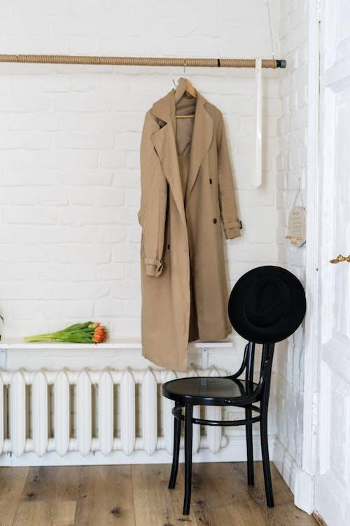 Безкоштовне стокове фото на тему «вдома, вертикальний, віденський стілець, відокремлений»