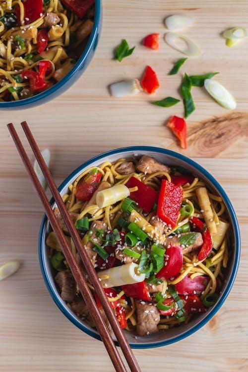 Gratis lagerfoto af asiatisk køkken, asiatisk mad, bord