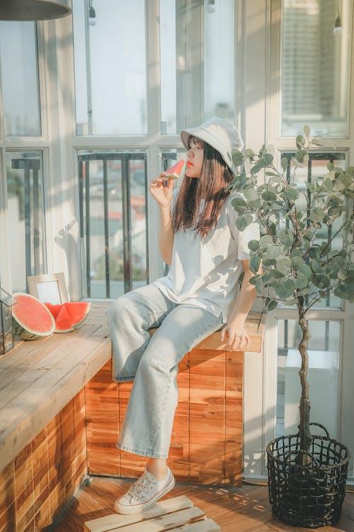 アジアの女性, アパート, インドアの無料の写真素材
