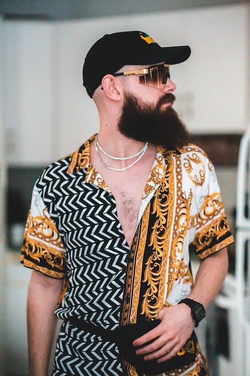 Безкоштовне стокове фото на тему «борода, вид збоку, волосся на обличчі»