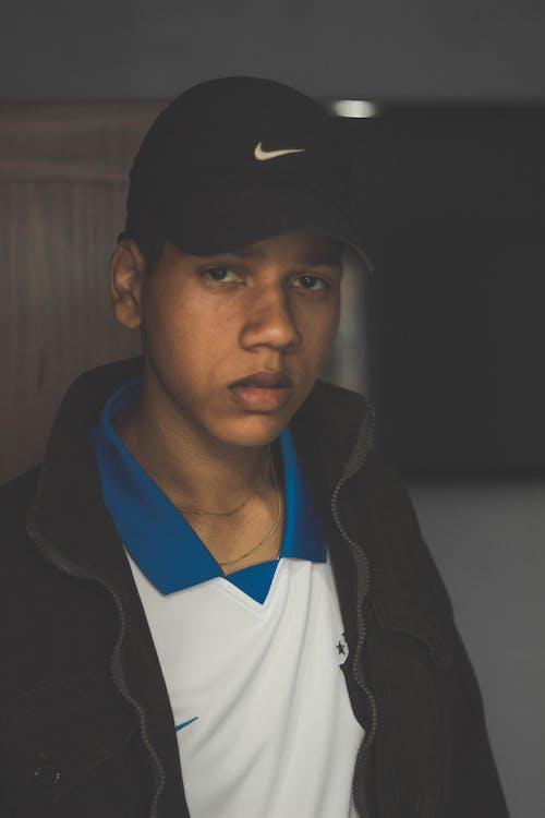 Základová fotografie zdarma na téma černoch, chlápek, detailní záběr