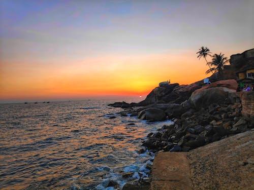 ada, akşam karanlığı, altın saat, barışçıl içeren Ücretsiz stok fotoğraf