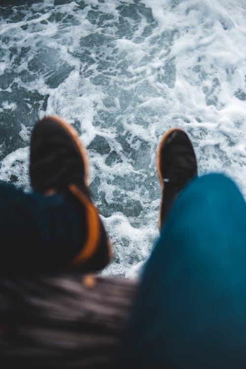 Ilmainen kuvapankkikuva tunnisteilla aallot, farkut, flunssa