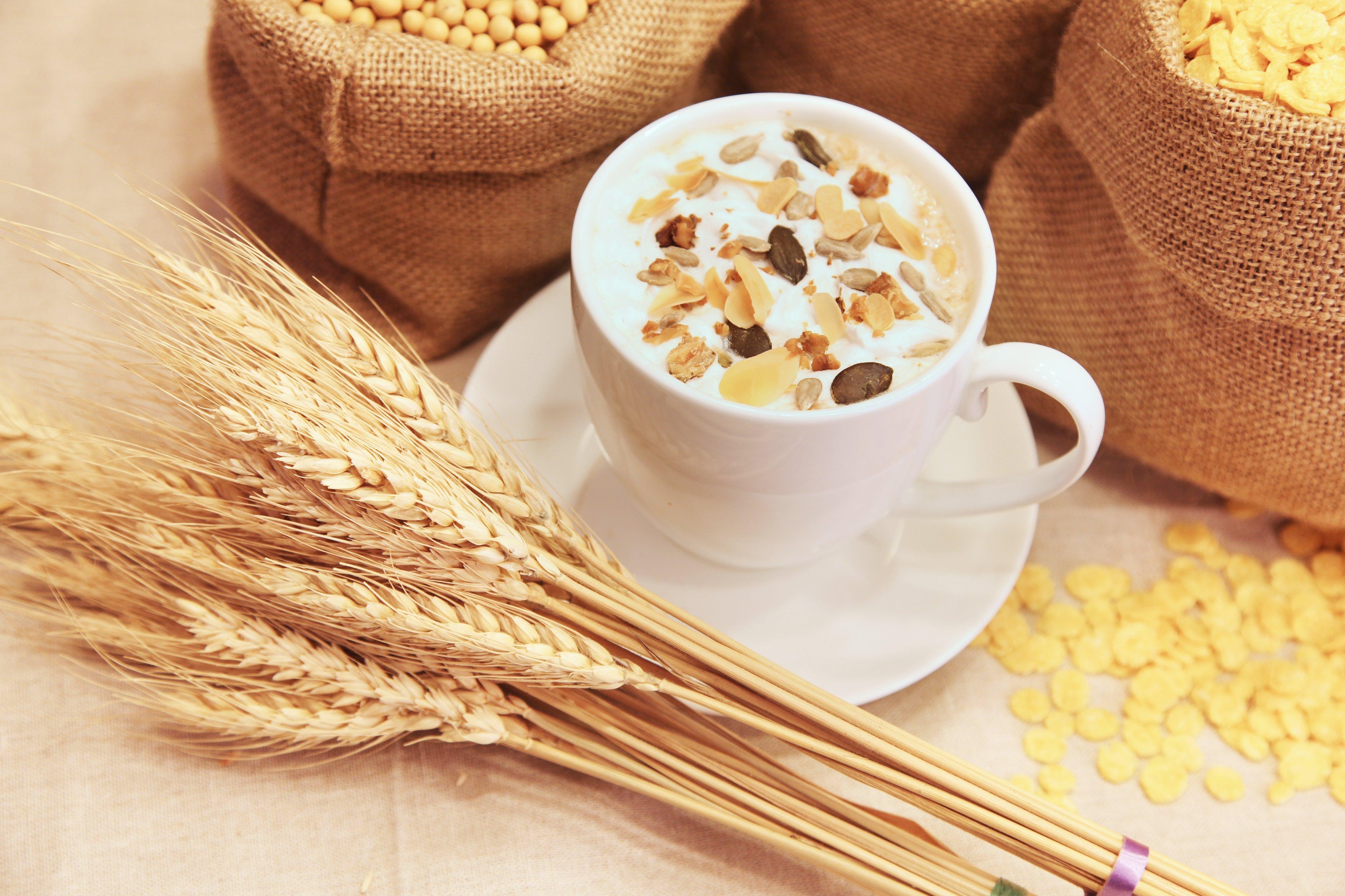 Kostenloses Stock Foto zu kaffee, mais, müsli, tasse