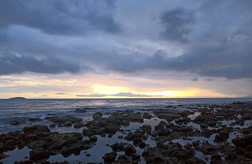 Δωρεάν στοκ φωτογραφιών με skyscape, απόγευμα, αυγή, βράχια