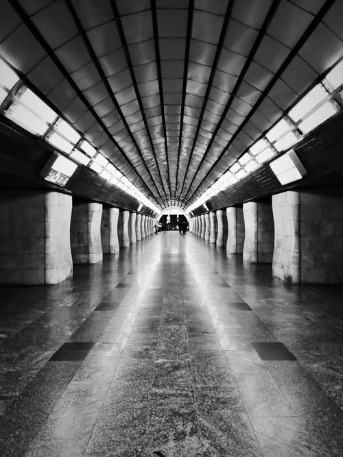 Foto profissional grátis de desocupado, estação de metrô, esvaziar, kyiv