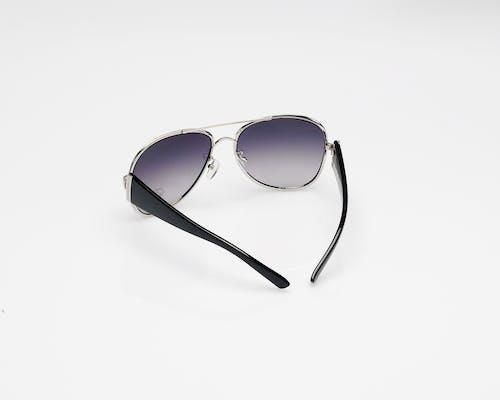 Gratis lagerfoto af briller, farvet glas, form, metalramme