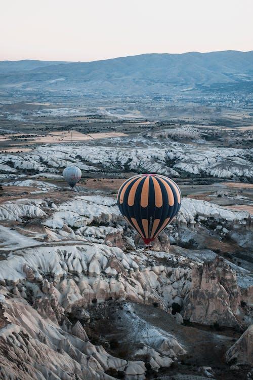 Fotobanka sbezplatnými fotkami na tému cappadocia, cestovať, chladný, dobrodružstvo