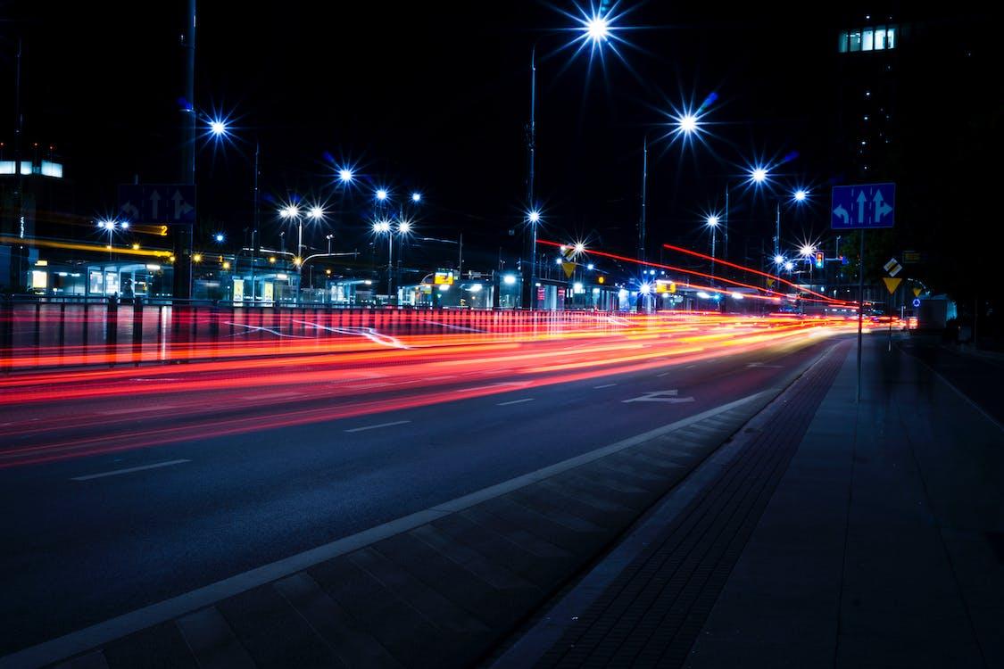 auto, autostrada, centro città