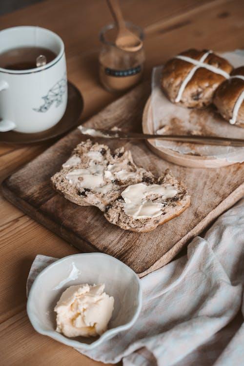Kostenloses Stock Foto zu ausbreitung, frühstück, hölzern