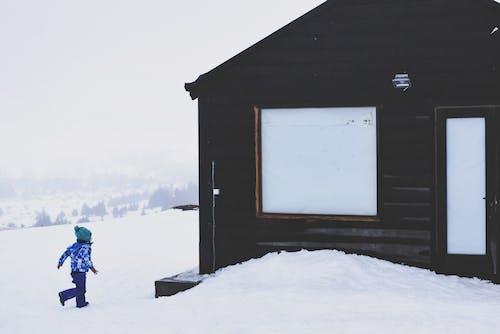 Immagine gratuita di bambino, bungalow, capanna