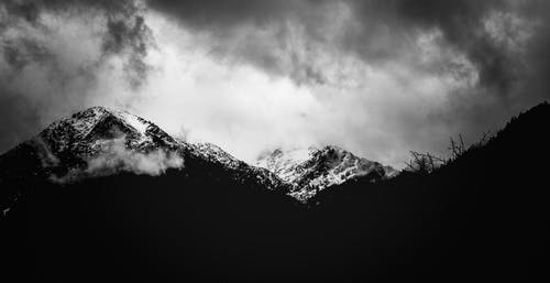 Immagine gratuita di bianco e nero, inverno, montagna