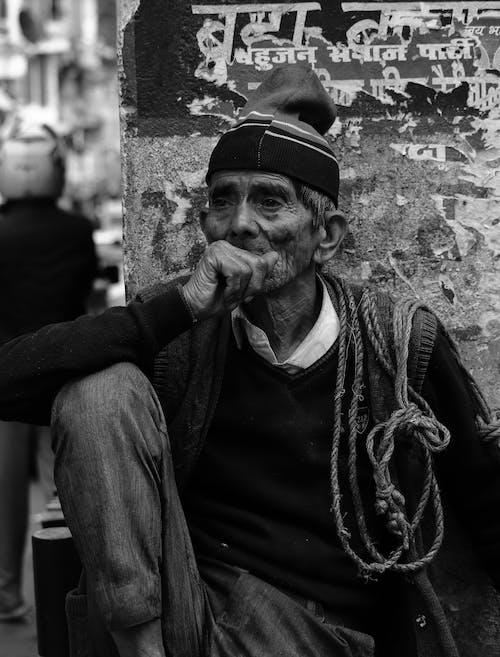 Kostenloses Stock Foto zu allein, alt, armut, bedürftigkeit