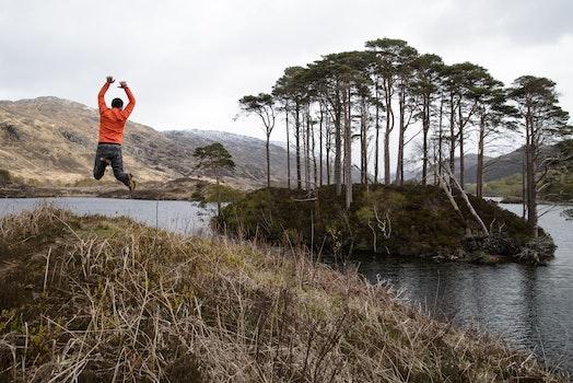Kostenloses Stock Foto zu landschaft, berge, mann, person