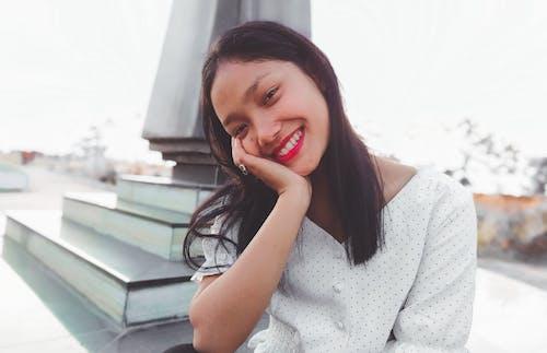 Gratis stockfoto met aangenaam, aardig, Aziatische vrouw, bijpassen