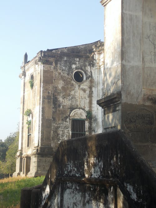 Fotos de stock gratuitas de chruch, vieja iglesia, vista lateral de la iglesia