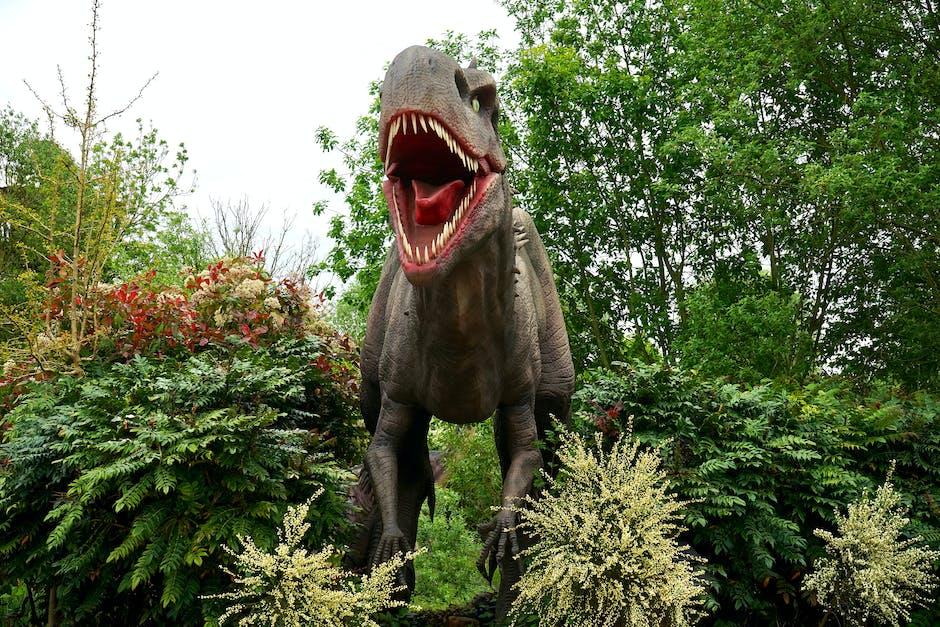dinosaur, evergreen, figure