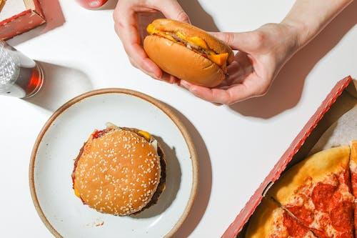 Gratis arkivbilde med appetittvekkende, bakt, boller