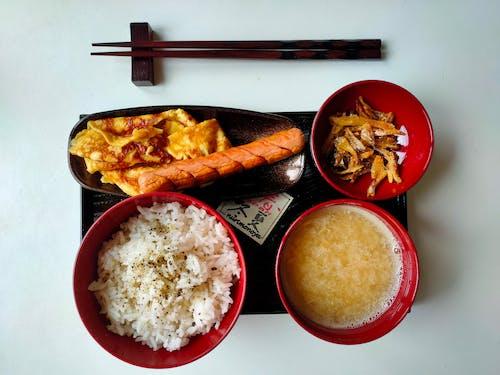 Foto profissional grátis de alimento, almoço, anchovas, arroz