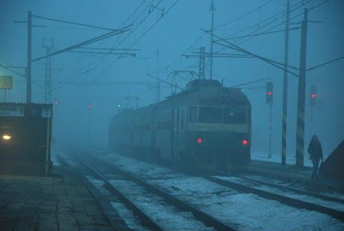 Základová fotografie zdarma na téma trénovat, železniční stanice