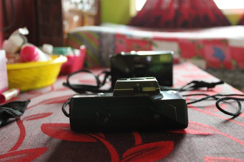 Free stock photo of analog cameras, old camera, point and shoot