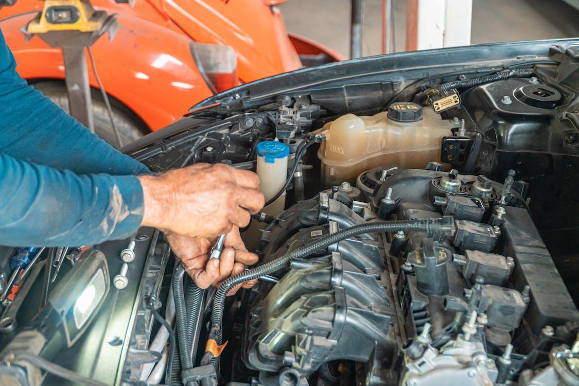 Kostenloses Stock Foto zu auto reparieren, auto wartung, autocomputer