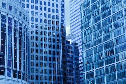 Kostenloses Stock Foto zu architektur, bau, büro, fenster