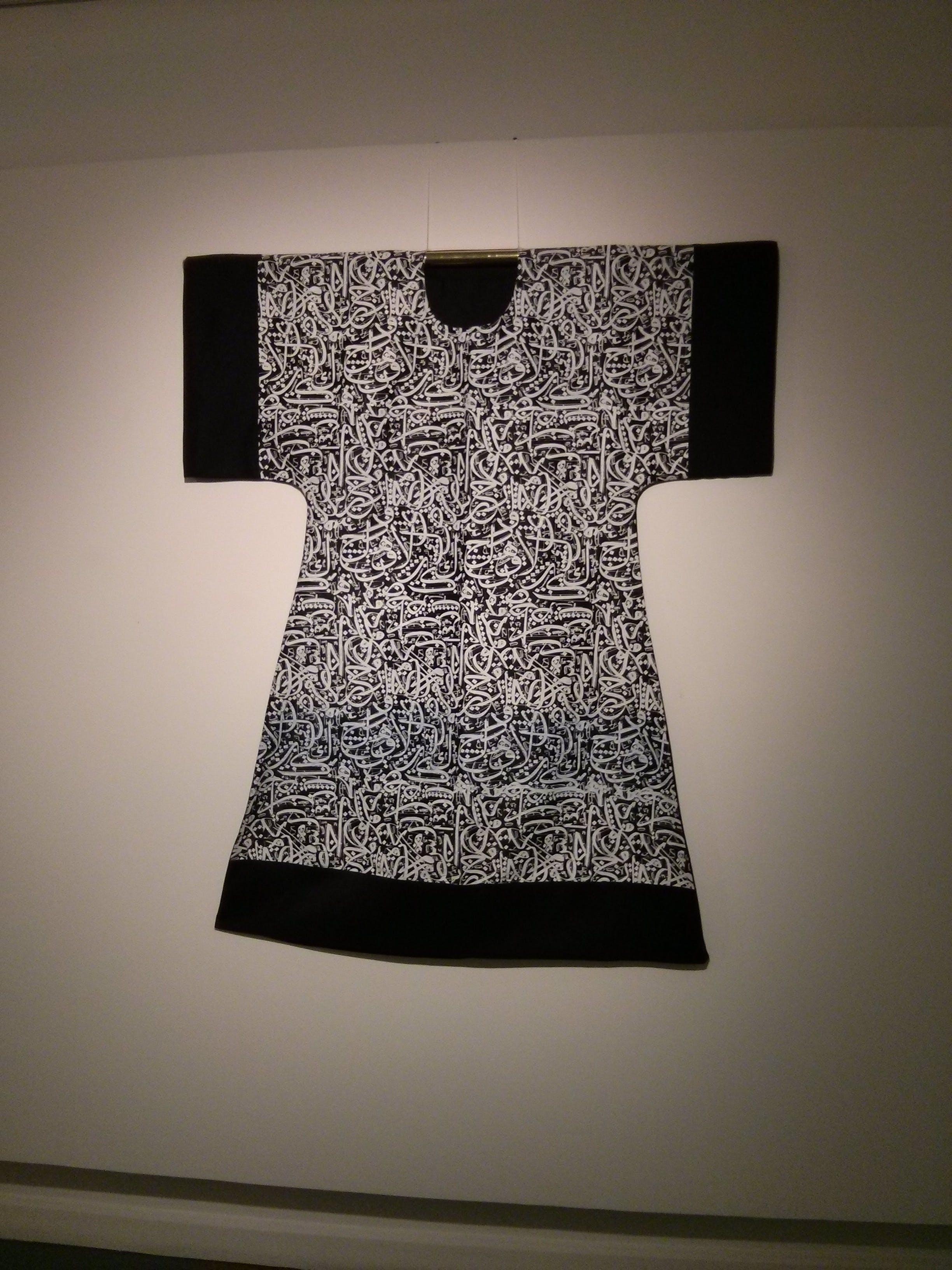 Kostenloses Stock Foto zu damen, hemd, schwarz und weiß