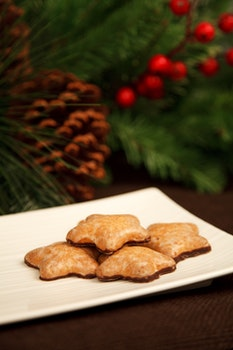 Brown Plate With Star Cookies With Chocolate