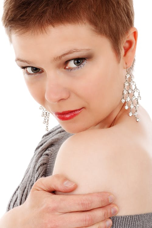 귀걸이, 모델, 어깨, 여성의 무료 스톡 사진